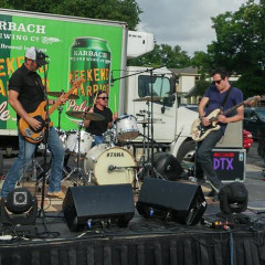 dUNETX Rocks Houston's Cinco de Mayo