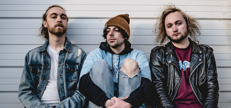 A Better Hand Sign With Mutant League Records For 'Cheap Smokes and Champagne' EP